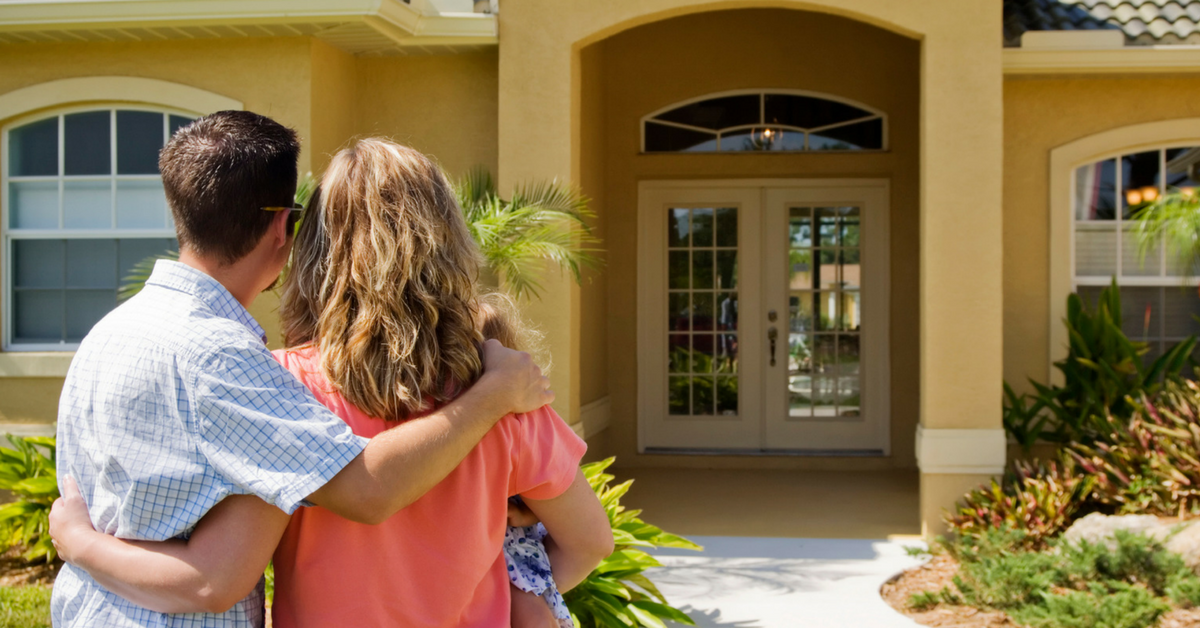 Tips for Selling Your Home in Summer-1